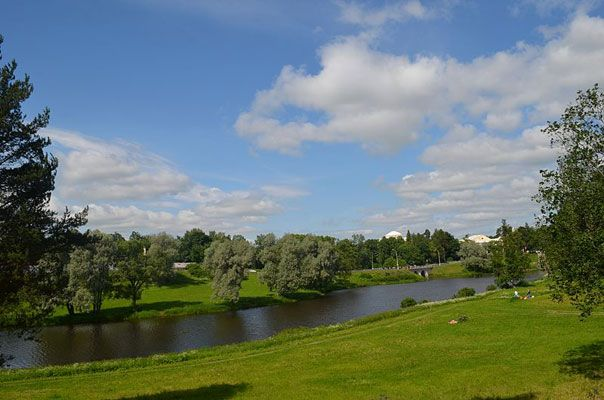 St Petersburg Summer Schedule for 2015 with Directions from Hotel Vera - https://hotelvera.ru/ - Boutique Hotel in Saint Petersburg Russia