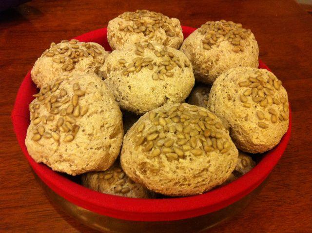 Grove glutenfrie rundstykker med fiberhusk