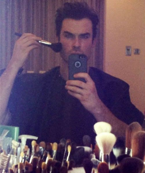Ian Somerhalder Does His Own Makeup — Vampire Diaries LOL Pic of the Day