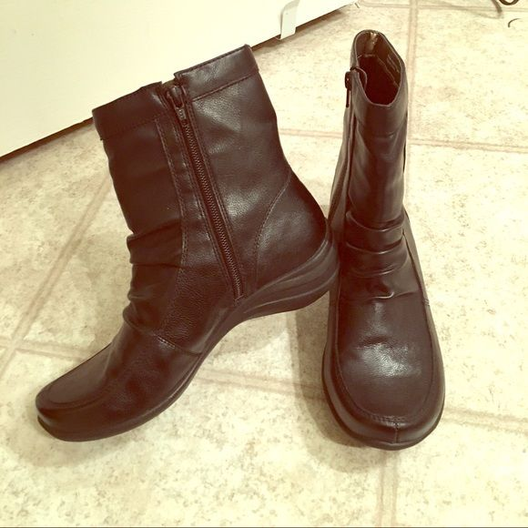 Hush Puppies Ellette boots Good condition, size 6.5M. *FOR SALE ONLY* Hush Puppies Shoes Ankle Boots & Booties