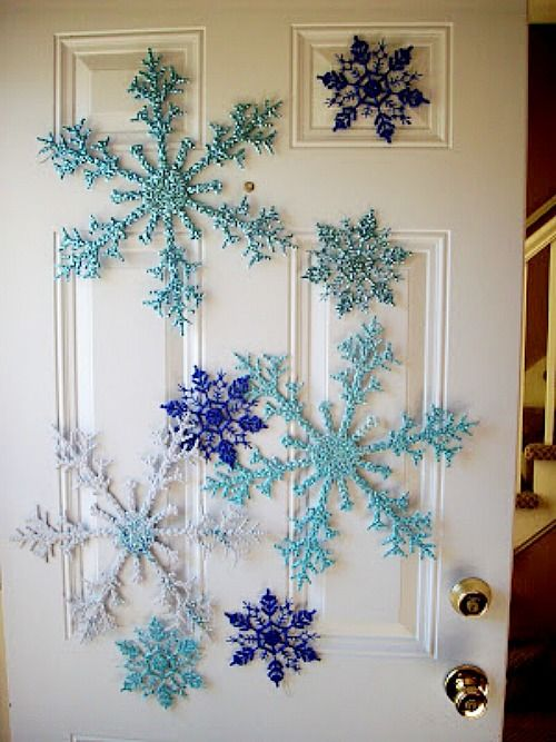 Dollar Tree snowflake Door decoration - cute idea instead of a wreath | 10 Amazing Dollar Store Holiday Decor Ideas