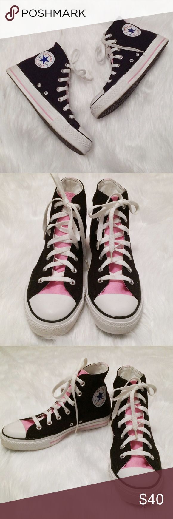 Converse All Star Chuck Taylor High Top Sneakers Chuck Taylors are unisex shoes, so while these show size 6 (men's) on the sole, the inside shows both size 6 for men and size 8 for women. Chucks tend to run a half size larger than your usual athletic shoe size. These are in perfect condition with no signs of wear. Thank you for looking!  Sales tax of 8.75% will be added for residents of New York State Converse Shoes Sneakers