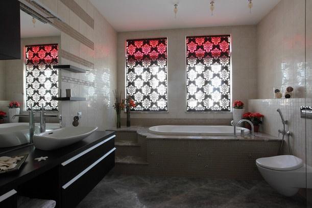 """Ксения Бобрикова фото """"Окно в в ванной комнате"""""""
