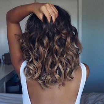 balayage ombre caramel cheveux ondules