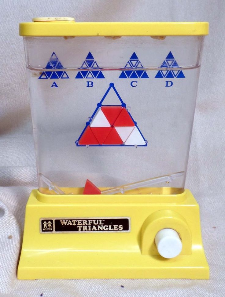 VINTAGE 1970'S TOMY WATERFUL TRIANGLES WATER TOY GAME AWESOME 1976