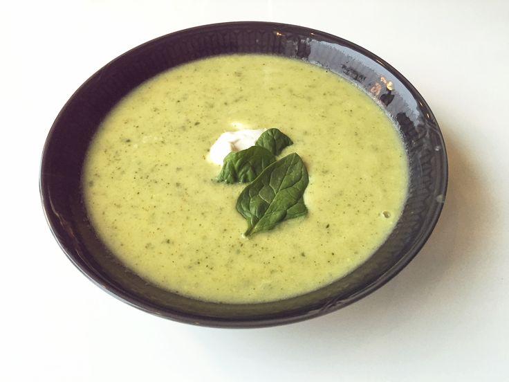 Recept på laktosfri potatis och broccolisoppa.  http://nouw.com/natalieplusco/potatis-broccolisoppa-24562735  #potatis #broccoli #soppa #potato #soup #imat