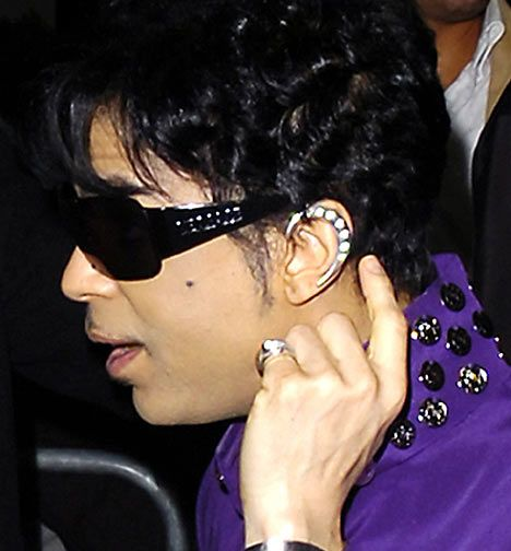The Artist PRINCE Crescent Moon Ear Wrap, Silver.