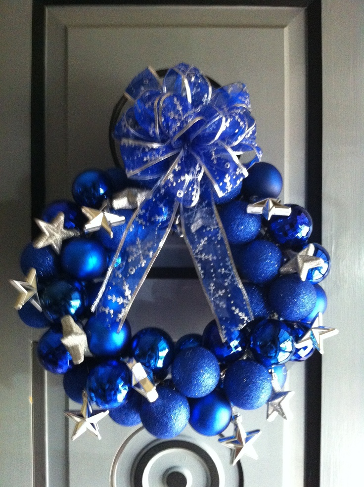 This could be a winter wreath or for a Dallas Cowboys fan