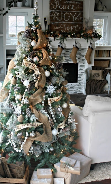 Burlap Christmas Tree Decorations - Click image to find more Holidays & Events Pinterest pins