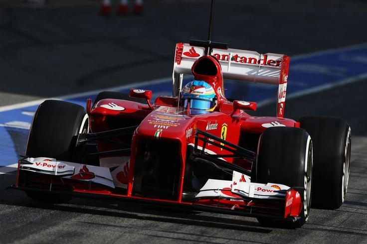 Fernando Alonso su Ferrari F138 ai test di Barcellona