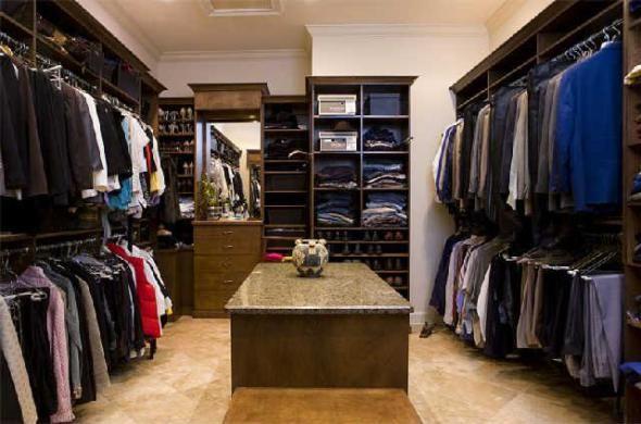 Simple Man Closet