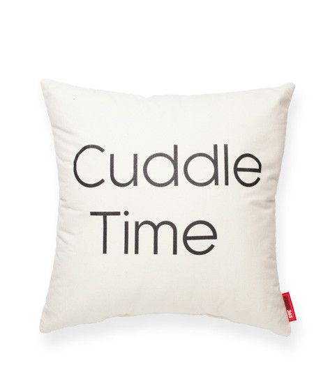 valentine's pillow fight