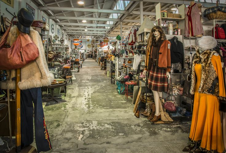 RoyalAuto, August, 2016. 10 things to love about Geelong. Photos: Anne Morley. #royalauto #geelong #market #vintage #vintagemarket #geelongvintagemarket