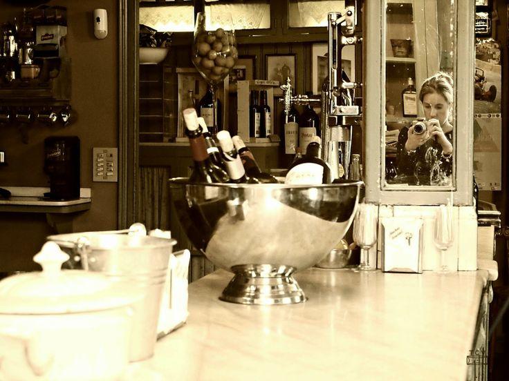 Tu Cajón Vintage: Pura esencia en esta tienda, bar