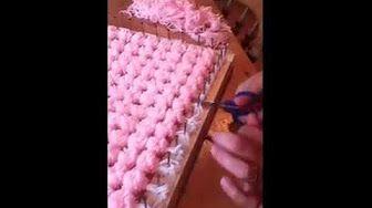 (7) loom board pom pom blanket part 1 - YouTube