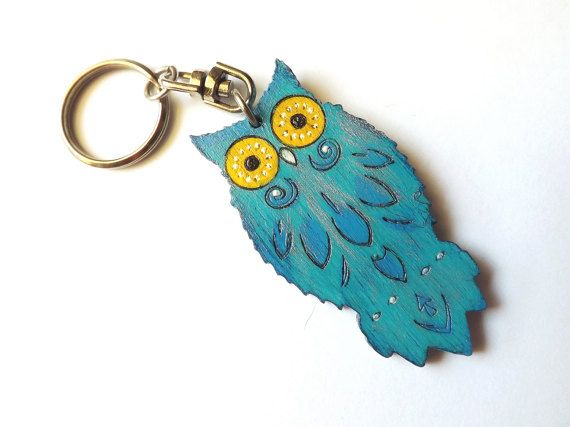 Wood keychain Owl Indian in turquoise