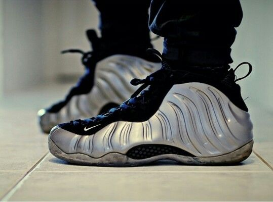 cheap nike shocks cheap nike foamposite one