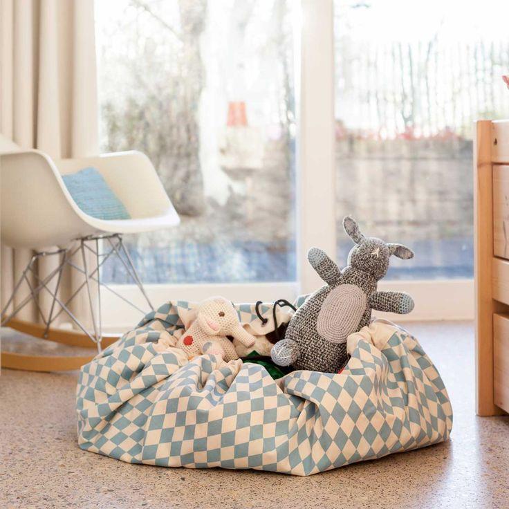 les 25 meilleures id es concernant tapis de jeux sur. Black Bedroom Furniture Sets. Home Design Ideas