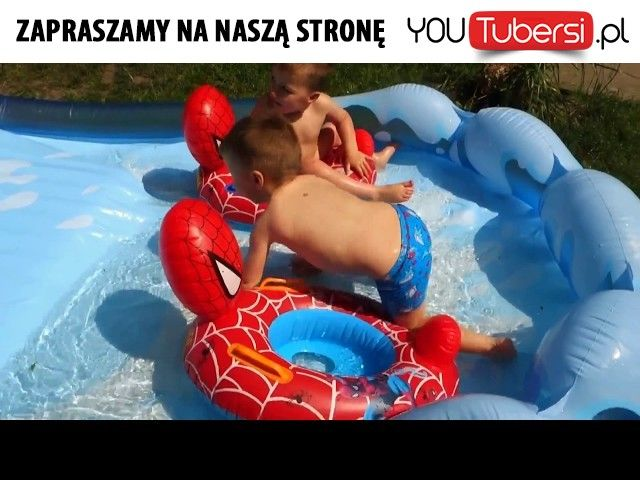 Water inflatable slide with kids and toys with Elsa and Spiderman #Water #inflatable #slide #with #kids #and #toys #with #Elsa #and #Spiderman #babys_adventure  Link do oglądania: http://youtubersi.pl/v/99050 http://misstagram.com/ipost/1569694316467886042/?code=BXIrKoLBJfa