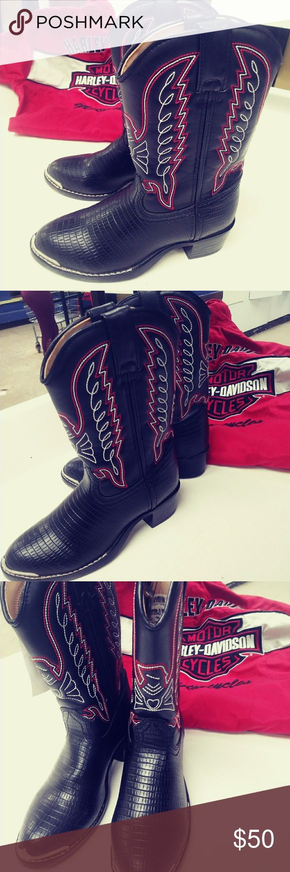 🆕New DURANGO kids cowboy/cowgirl boots New boots  Black with red and white stitching Durango Shoes Boots
