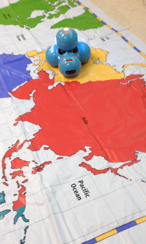 3rd Grade: Teaching geography and storytelling with Dash!