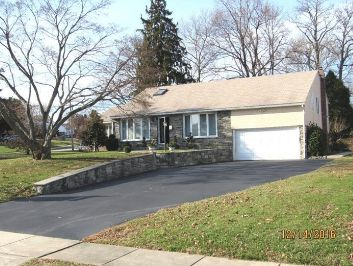 Home for sale at 14 S New Ardmore Ave, Broomall, PA 19008 in Delaware County, more info here: http://www.anthonydidonato.net/wordpress/2017/07/19/home-sale-14-s-new-ardmore-ave-broomall-pa-19008-delaware-county/