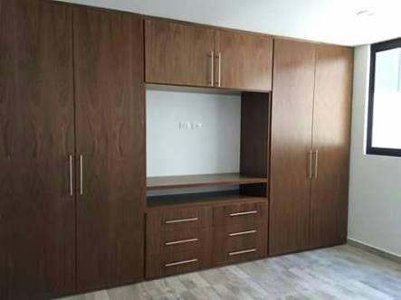 Resultado de imagen para closet con escritorio y tv
