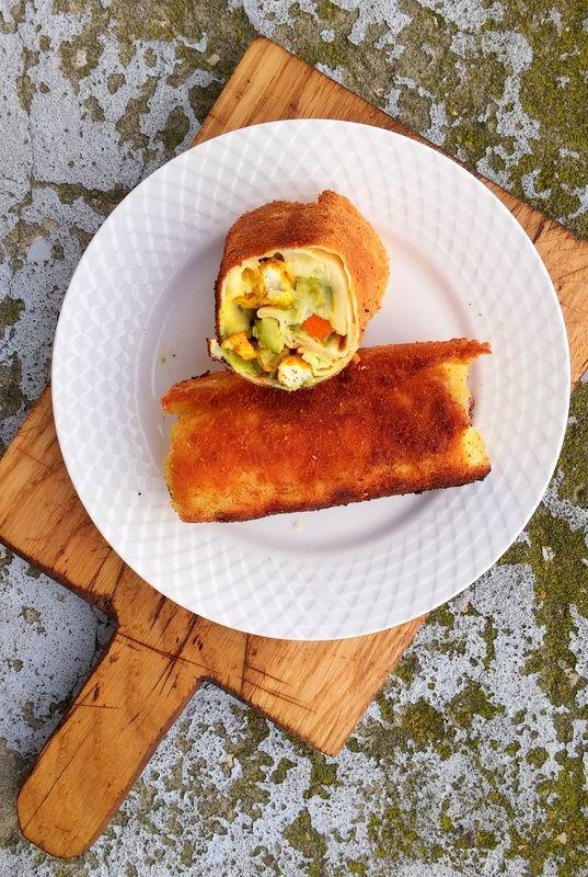 Pyszne krokiety z kurczakiem, warzywami i żółtym setem z nutką curry