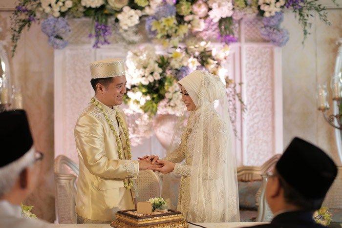 Pernikahan Adat Lampung Nadhira dan Sandy di Jakarta