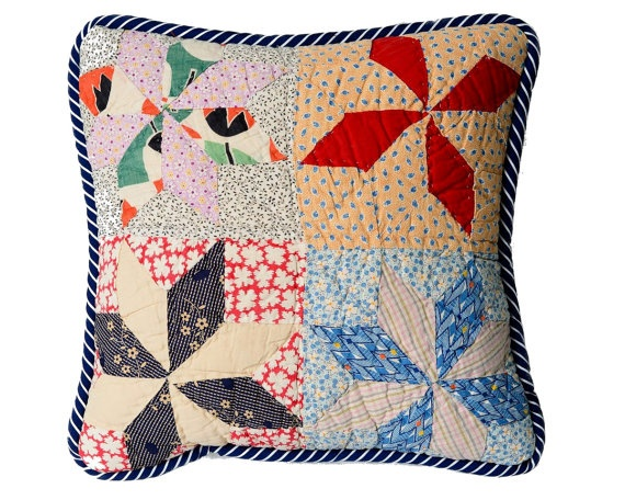 Retro Pillow Cover, 14 In. Vintage 1930s Feedsack Quilt
