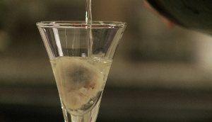 06_champagne_et_huitre_champagne.jpg