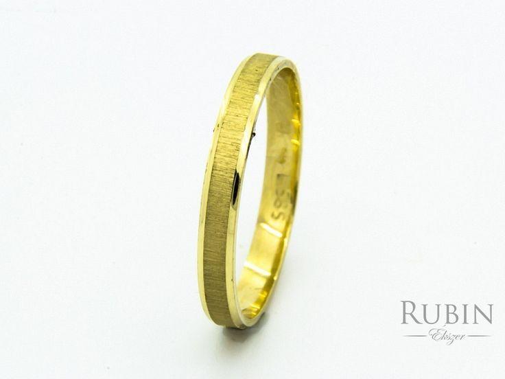 Vésett arany karikagyűrű