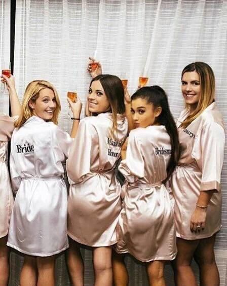 Ariana Grande With Her Friends At A Wedding ♡ Pinterest : @kayneedy