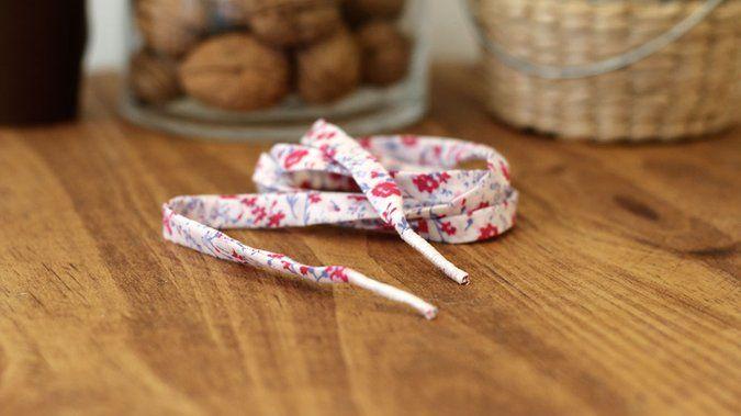 Tuto: réaliser ses propres lacets en tissu 14