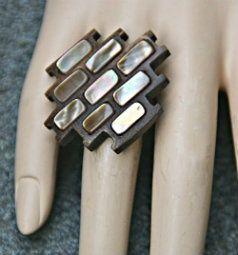 Klik en bekijk onze aanbod aan bijzondere mode ringen