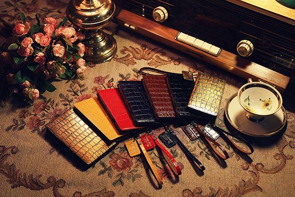 urbanwest mobile phone case product  vintage photo by. wooubi studio  어반웨스트 핸드폰 케이스 빈티지 상품사진 _ 우유비스튜디오