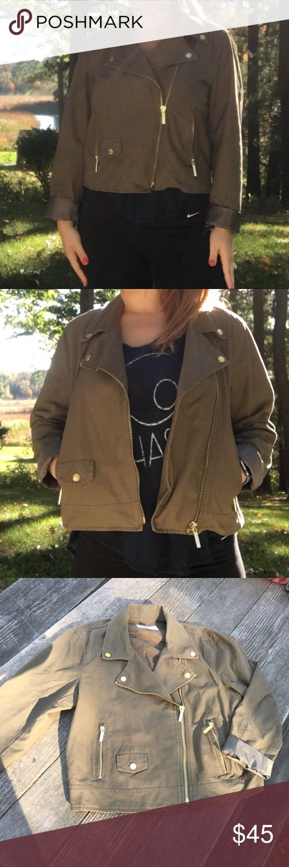 Michael Kors moto jacket militar green size L Beautiful and barely used Michael Kors moto jacket in green militar, super style and fashion. Good condition and you will be looking amazing on that. Perfect for the fall. KORS Michael Kors Jackets & Coats