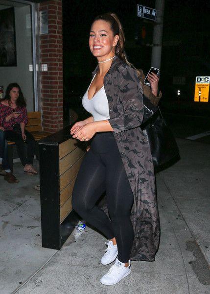 Ashley Graham Photos - Ashley Graham is seen out running errands on May 15, 2017. - Ashley Graham Runs Errands in LA