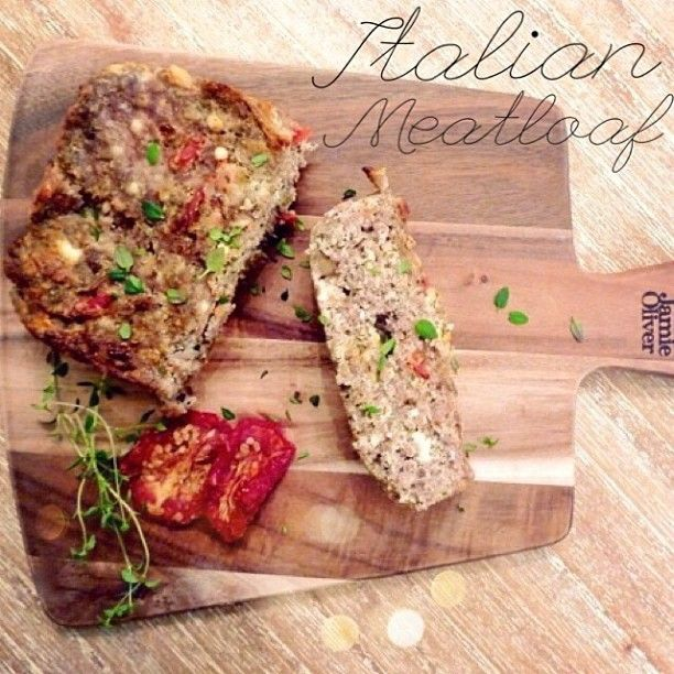 Looking for a little dinner inspiration tonight? Try this easy Italian Turkey Meatloaf with low-fat feta and sun dried tomatoes. Packed with...