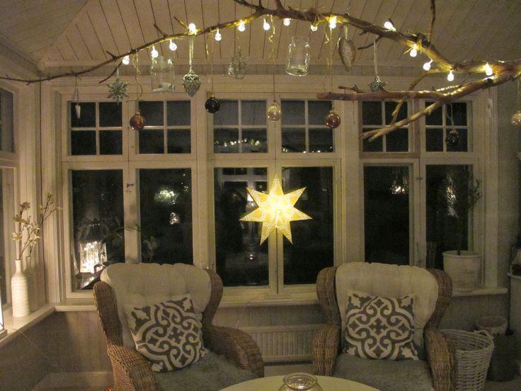 Julgrenen, pyntad och klar