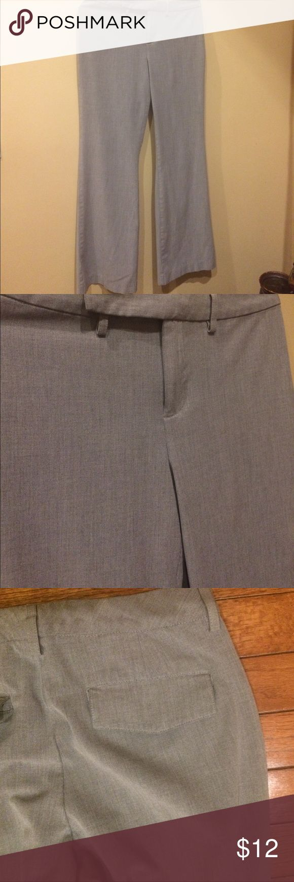 Old Navy stretch women's slacks pants gray size 4 Size 4. Dress pants. Excellent condition. Stretch material for comfort. Pants Trousers