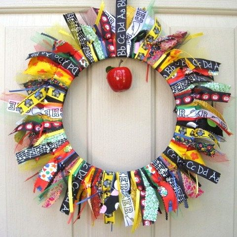 Back to school wreath school teacher wreath classroom for Back to school decoration ideas for teachers