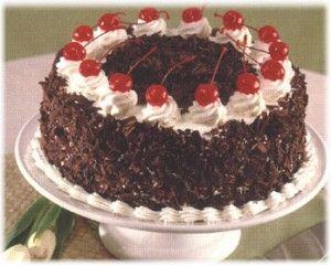 German Black Forest Cake (Schwarzwaelder Kirchtorte) - drooooool