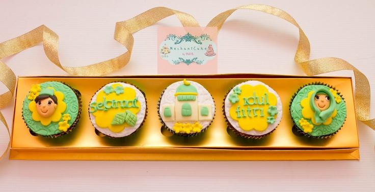 http://1.bp.blogspot.com/-eWT6bWtR7rg/TiwJWX4XZXI/AAAAAAAABEk/uetNTNKx0nk/s1600/cupcake-set5-lebaran-0570.jpg