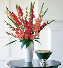 Bright Gladiolus Wedding Centerpieces.#glads #delicate follow #Labola.co.za for more fabulous flower trends.