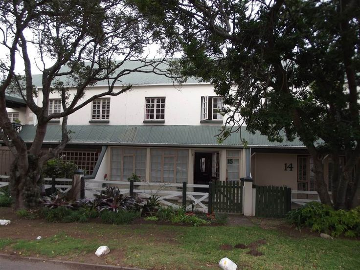 Explore this property 3 Bedroom Townhouse in Sedgefield