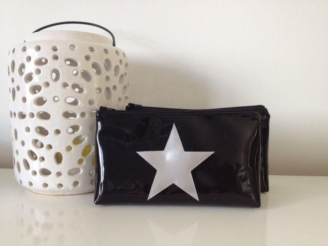 Trousse vinyle étoile Noire/Argent : Trousses par jomunini