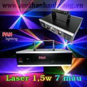 Đèn laser 1500mw 7 màu sử dụng cho bar - vũ trường. Với 3 diode Green 200mw, Blue 800mw, Red 500mw kết hợp 1500mw. Chế độ chạy tự động, cảm ứng âm thanh. Điều khiển và kết nối dễ dàng với các phần mềm điều khiển laser như Quickshow, Pangolin. DMX 11 kênh.