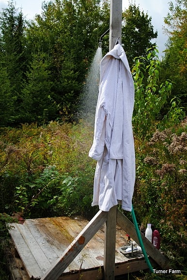 pallet outdoor shower