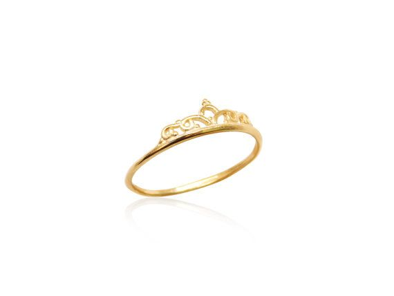 Gold filled Crown Ring, 14k Gold filled Ring, Delicate Gold Ring, Dainty Trendy Rings, Thin Stacking Ring, Goldfilled Jewelry, Under 10 Dollars  Material: 14k Gold-filled Sizes: 6-8  Goldie Jewelry Supplies offers you unique and fashionable wholesale jewelry supplies in affordable prices. Superior quality laser-cut pendants, chain supply and trendy fashion jewelry rings, earrings and more.  If youre interested in a larger quantity, please contact us for custom order.  Goldie Jewelry Supplies…